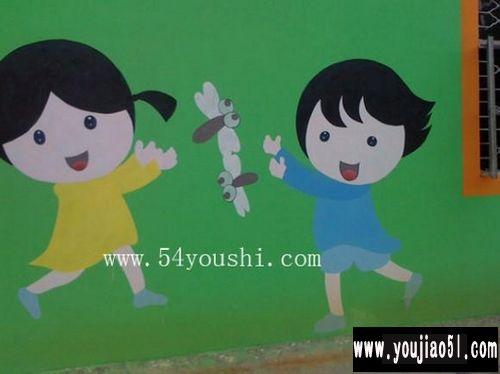 幼儿园墙面布置:一起捉蜻蜓